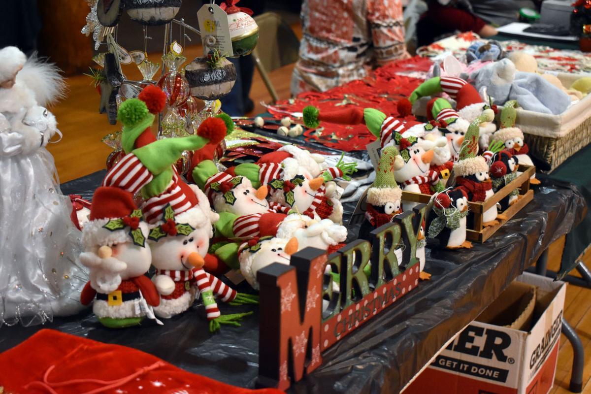 Christmas Craft Show Items.Craft Hobby Market Provides Crafting Variety Schuyler