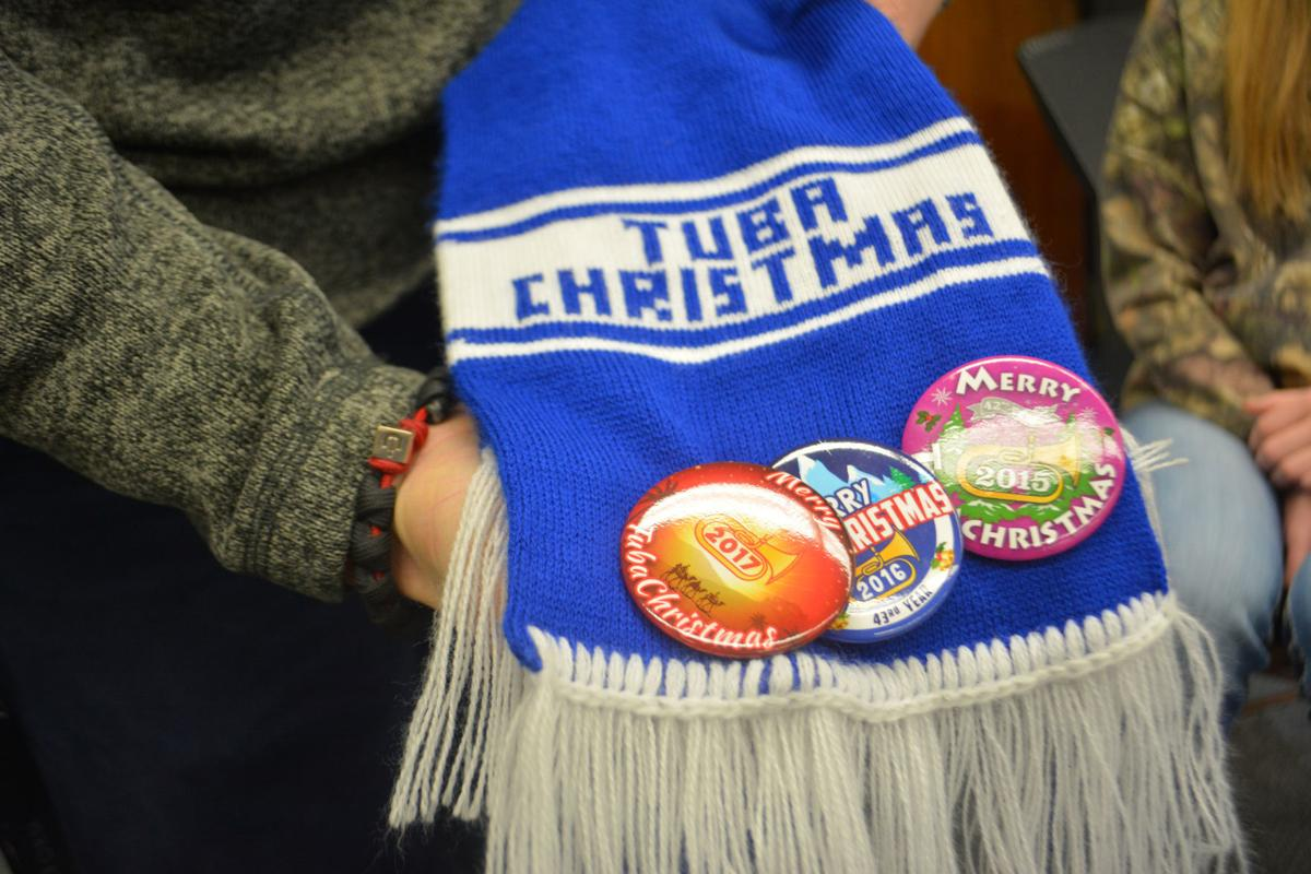 Tuba Christmas scarf and button