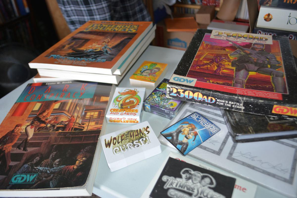 Games designed by Lester Smith