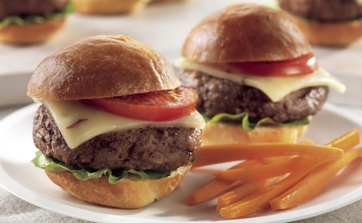5200.00 Spicy Cheeseburger Sliders.jpg