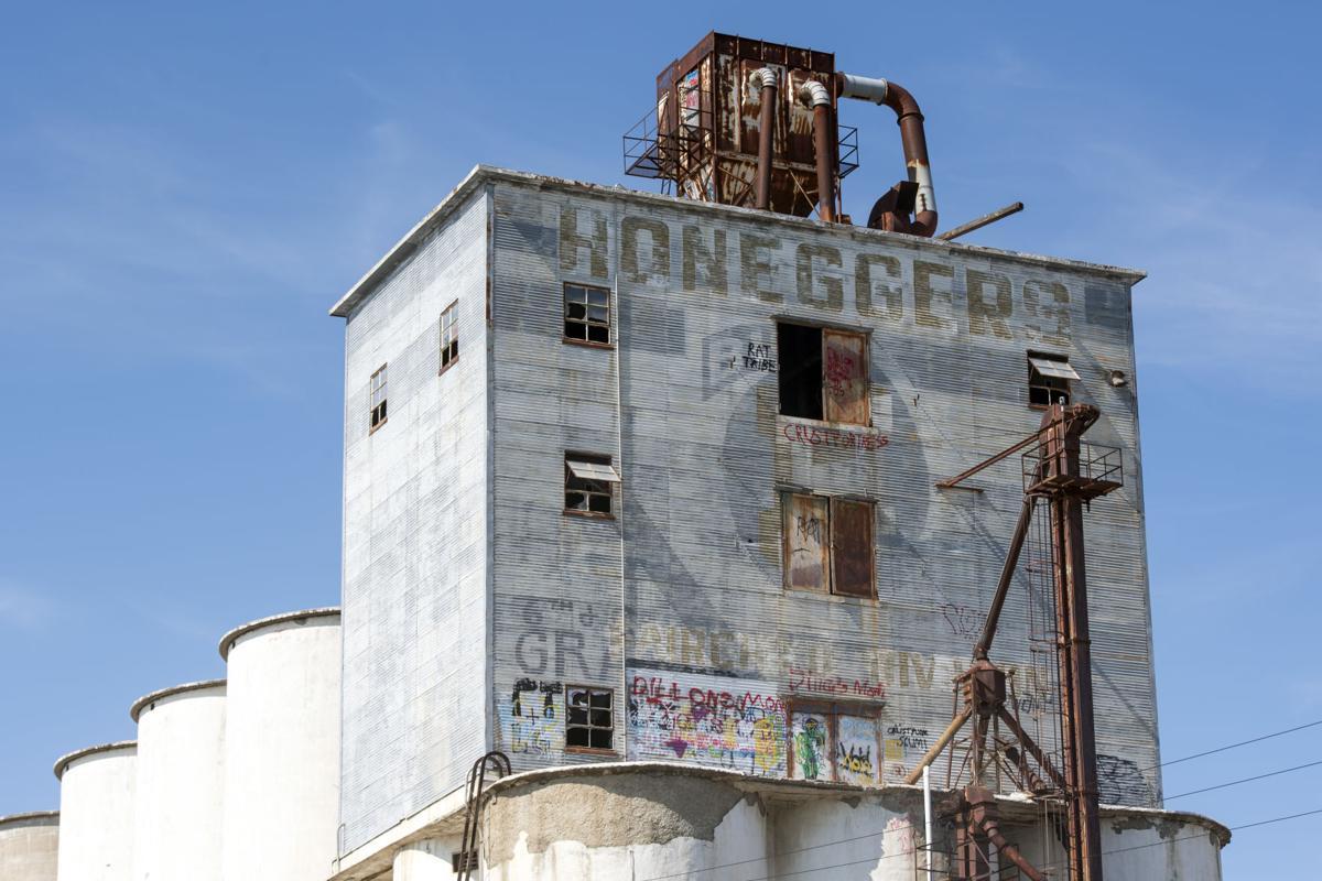 Grain elevator graffiti, 6.23