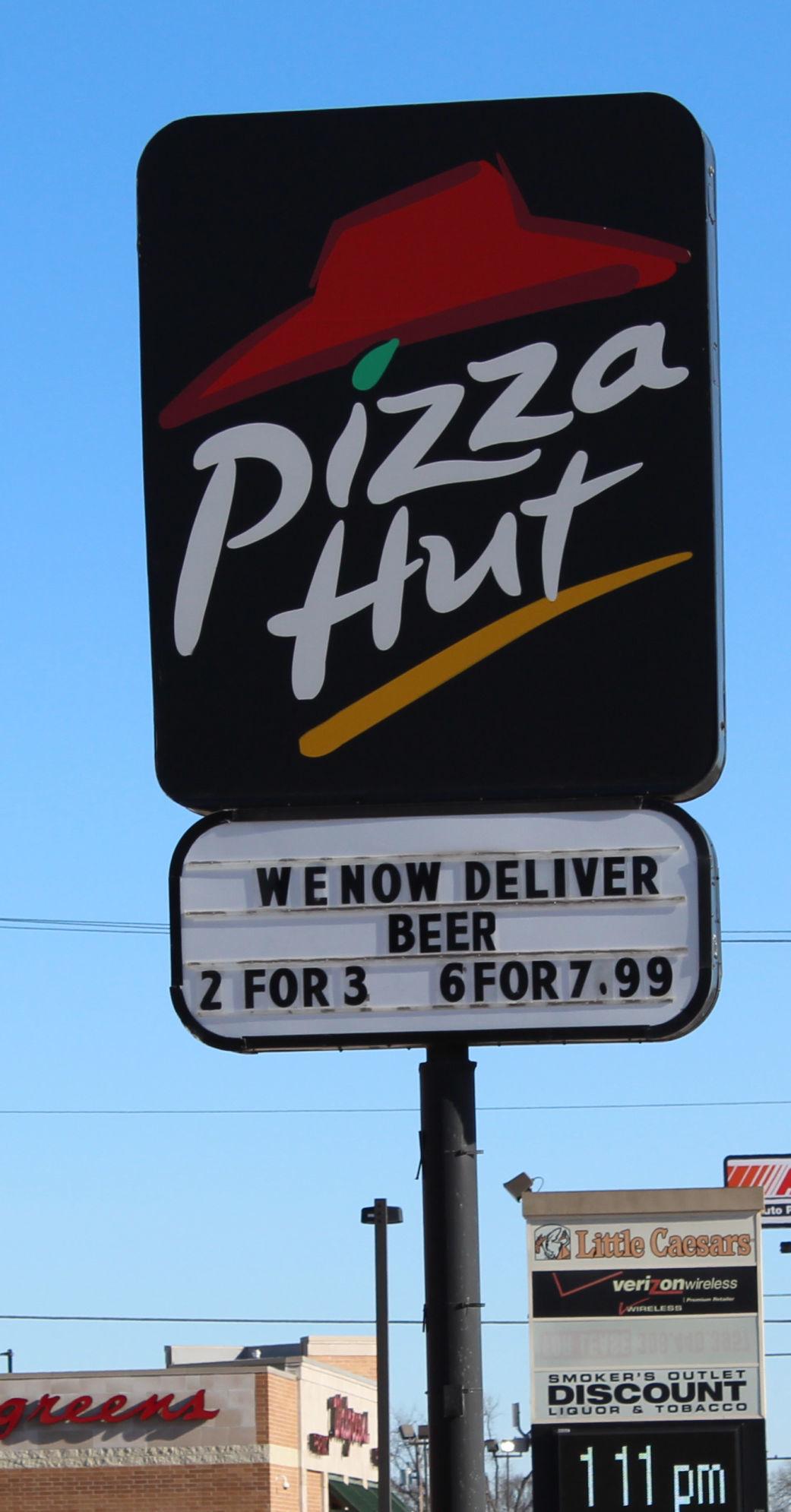 Pizza Hut sign