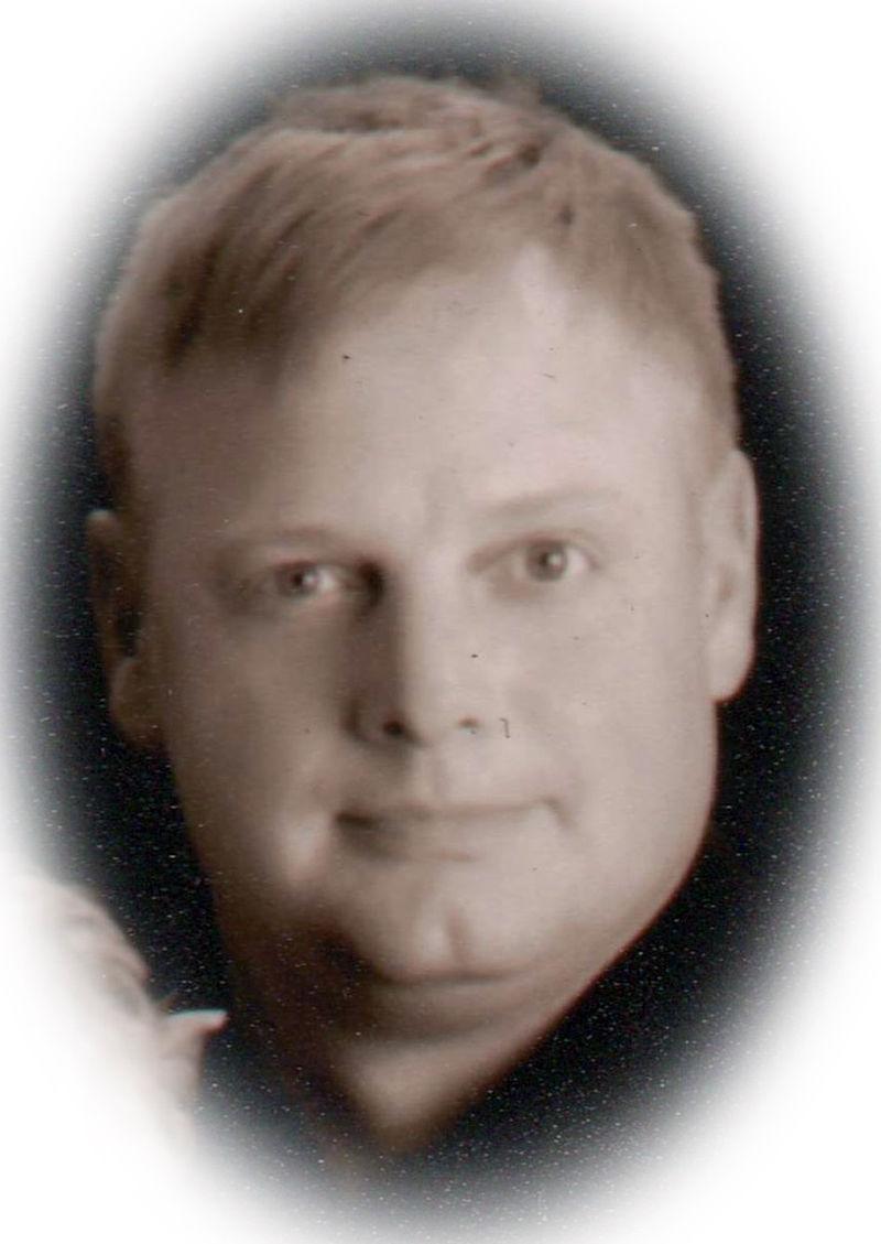 michael bender - Garden City Telegram Obituaries