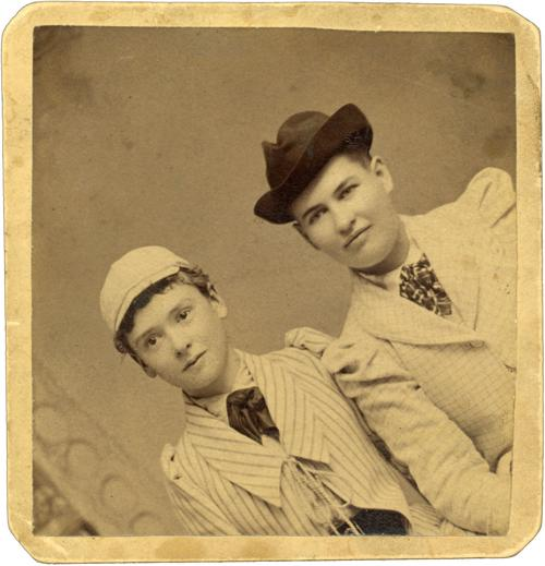 Willa Cather and Louise Pound | | columbustelegram.com