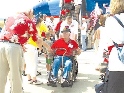 Seeing memorial 'means everything' to veterans in honor flight