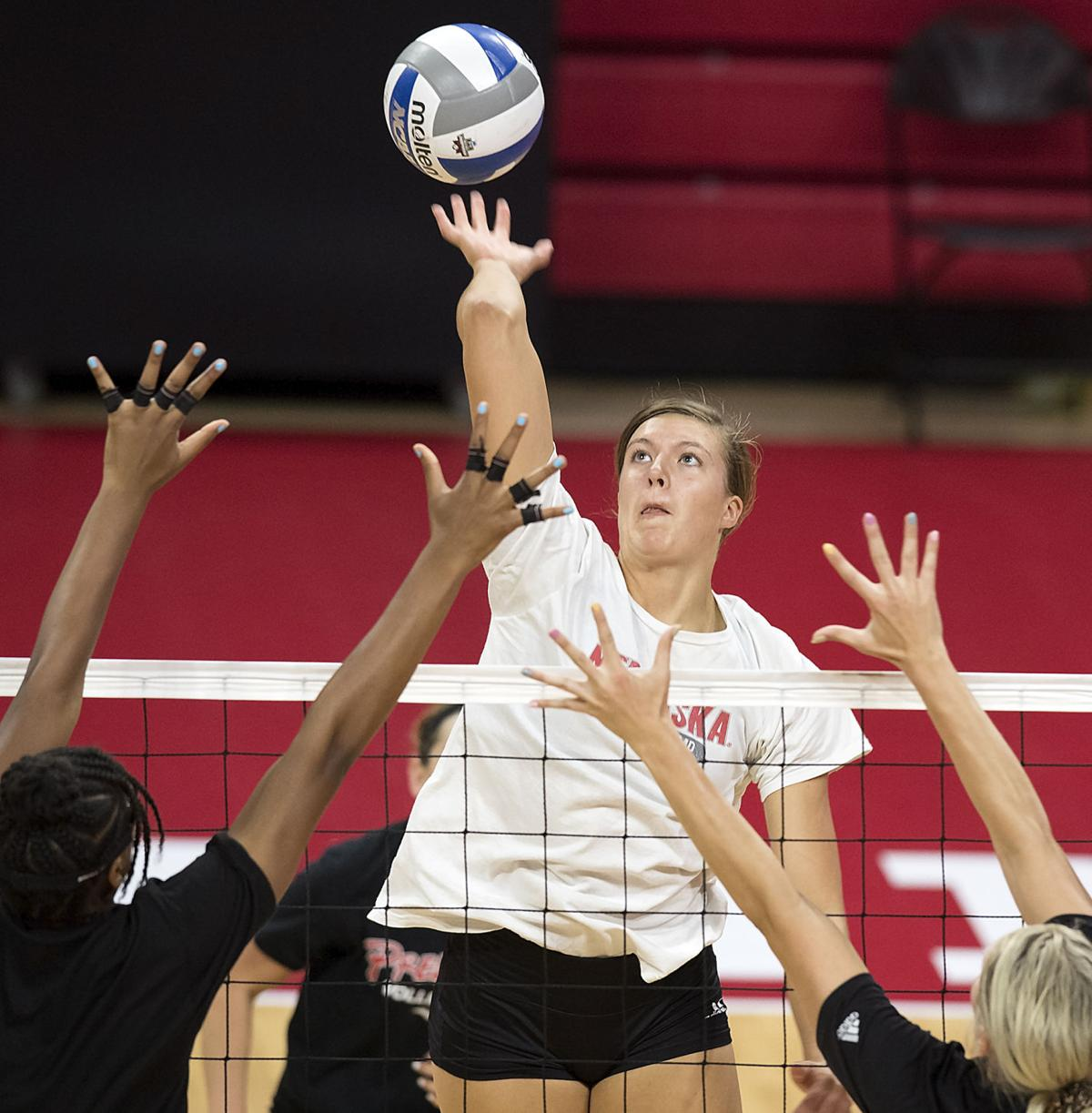 Date Set For Husker Volleyball Game Against Hawaii