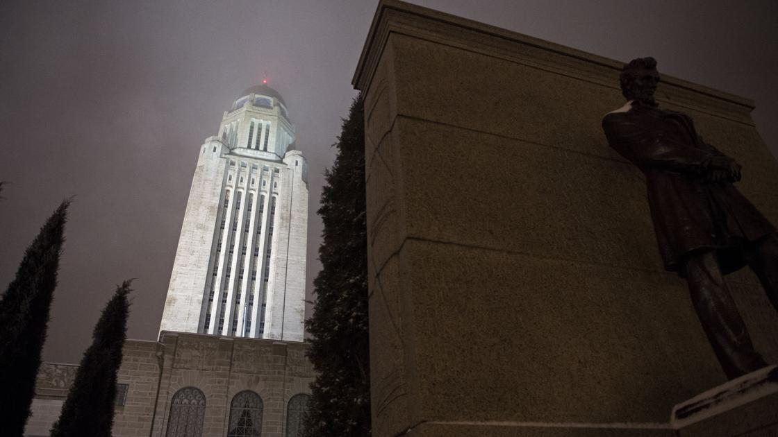 State offices to close Christmas Eve; employees get day off with pay | State and Regional ...