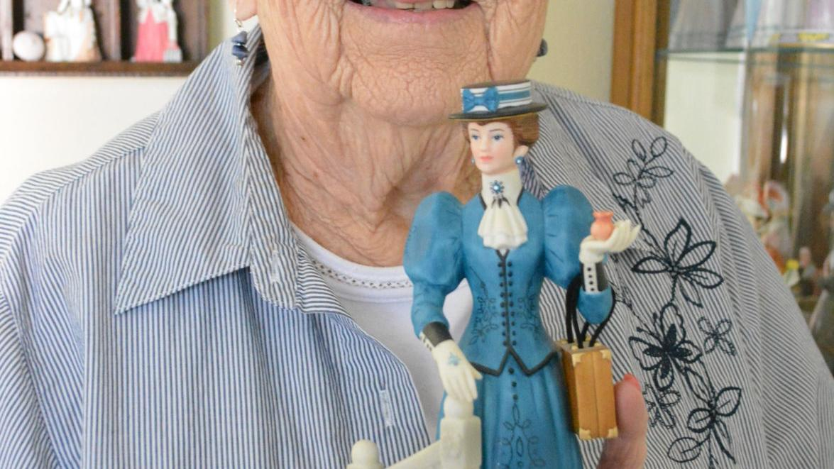 'Avon Lady' still selling at age 93