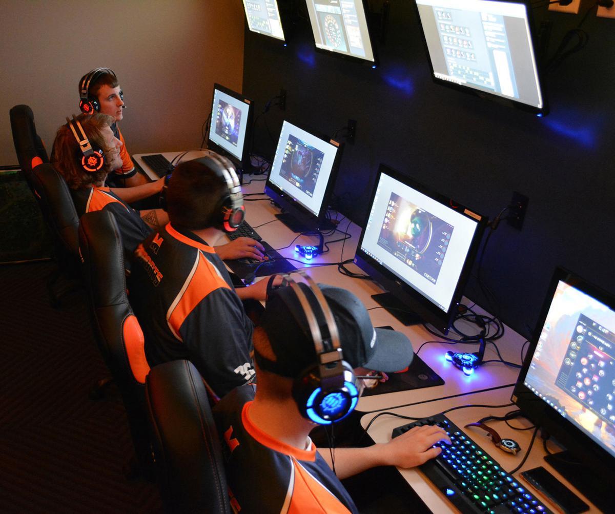 Midland University unveils eSports Arena