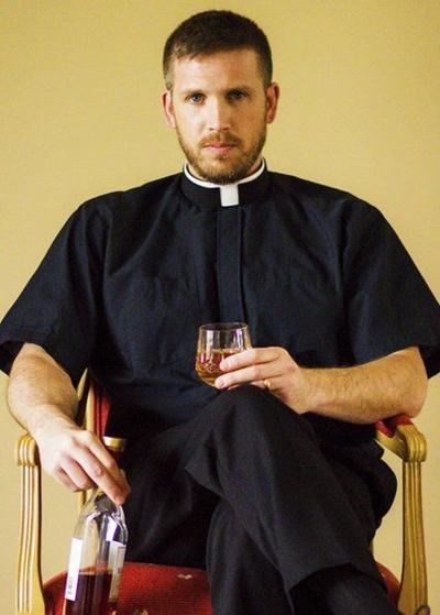 Pastor extols wonders of whisky in book