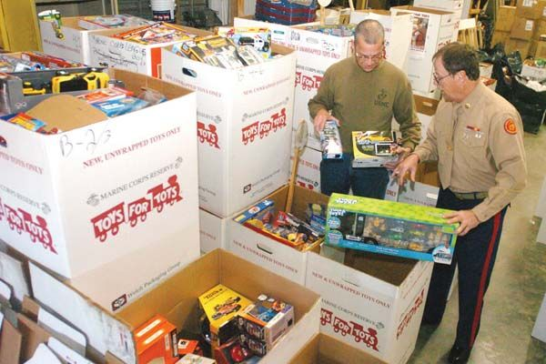 Toys For Tots Volunteer : Toys for tots local news commercial news