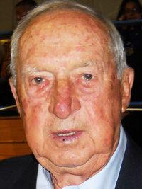Schlarman mourns loss of football legend