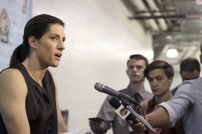 White picks up first win as Fever head coach