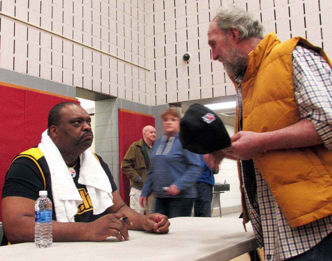Steelers meet and greet pennsylvania communitymediagroup chatting with edmund nelson m4hsunfo