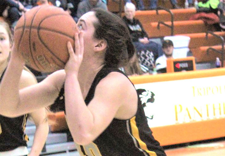 Warriors' Melody Kayser shoots a steal