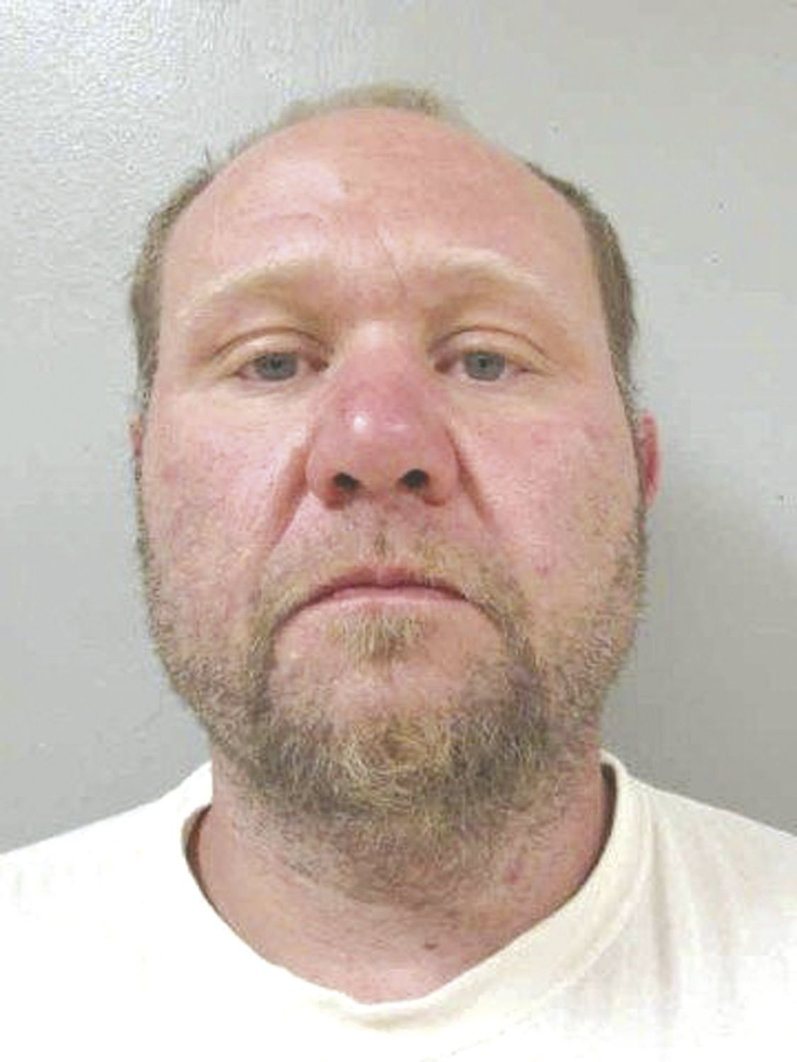 Fayette County search warrant leads to several arrests   Oelwein