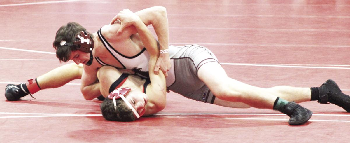 Mustang matmen go 4-2 at Battle of Waterloo | Independence
