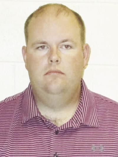 Oelwein man charged with indecent exposure in Independence