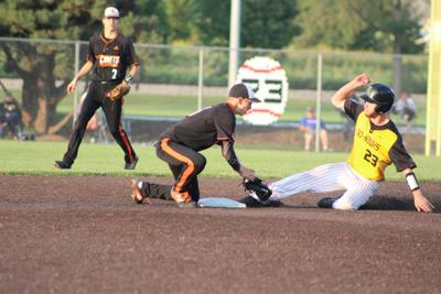 Charles City gets past W-SR in Class 3A District 6 final, 7-3