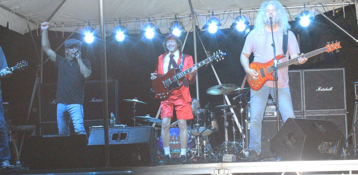 Oelwein Celebration: Rolling Thunder , ACDC Tribute band