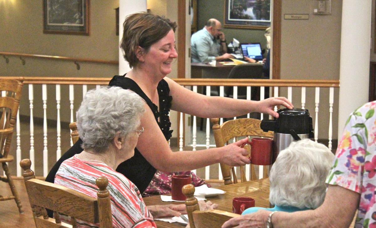 Arlington Place recognizes new residents