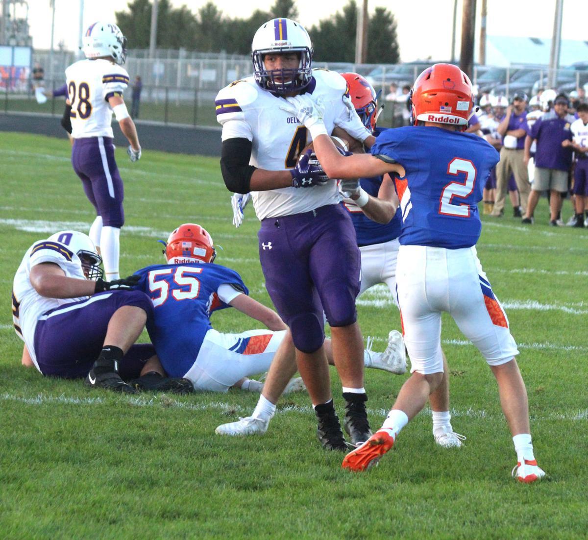 Voshell runs for five touchdowns in Oelwein win