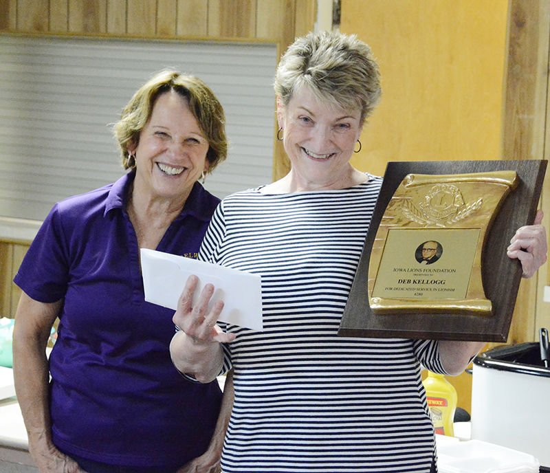 Oelwein Lions install new officers, launch annual pie fundraiser