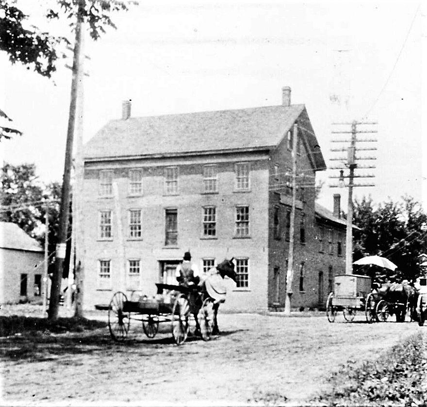 Old Waverly House Hotel