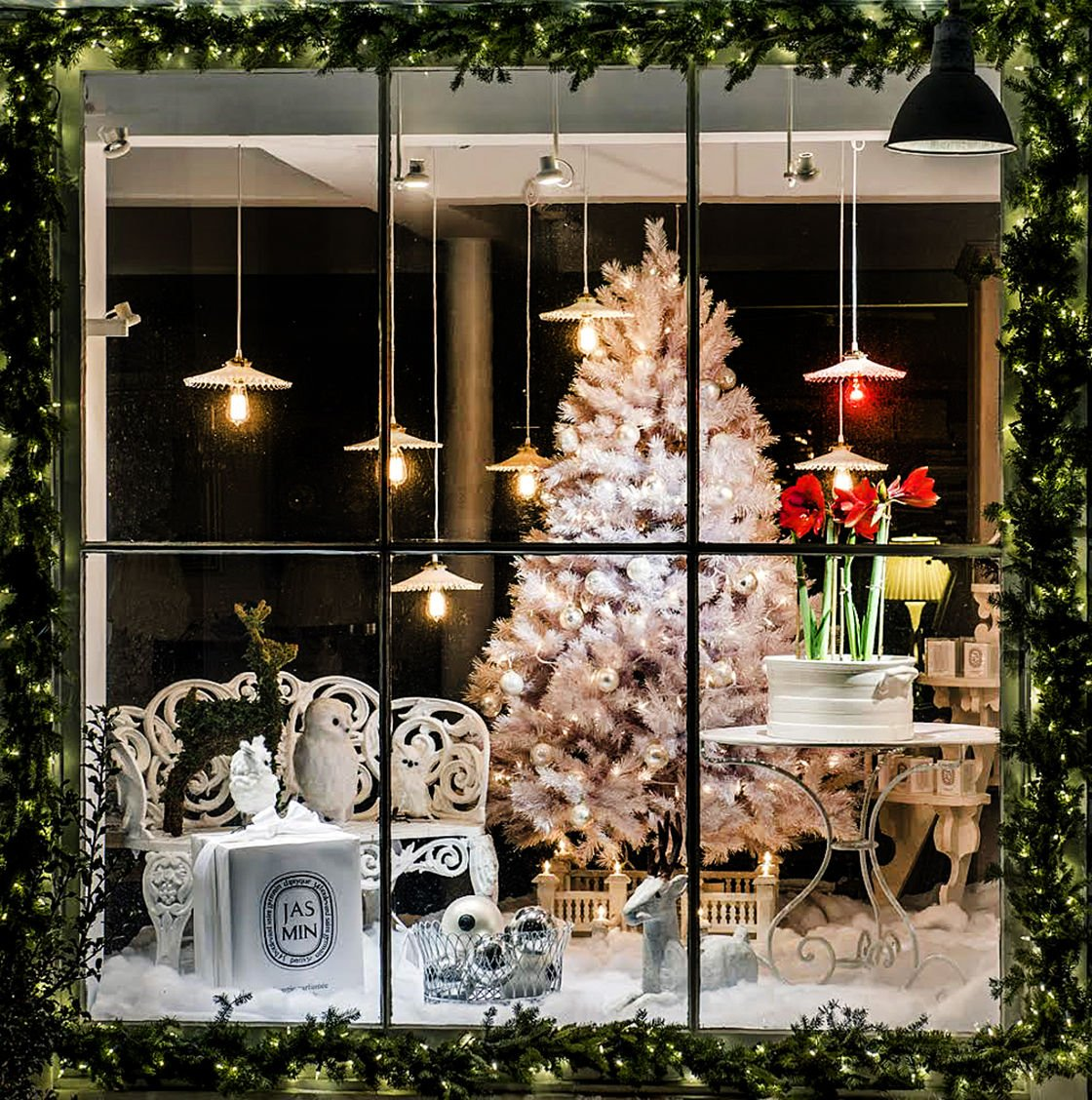 New Preston Holiday Stroll Is Set in a Lovely Shopping-Rich Village : preston lighting emporium - azcodes.com