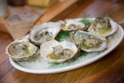 25 Spots For Great Oysters In Connecticut