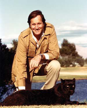 'Mutual of Omaha's Wild Kingdom' Star Jim Fowler is Still Dedicated to Protecting Nature