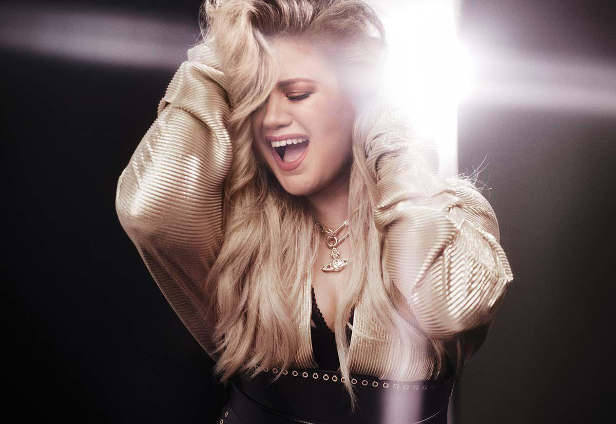 Kelly-Clarkson-002-high-res-credit-Vincent-Peters.jpg
