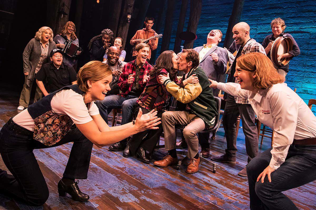 1381_The First North American Tour Company of COME FROM AWAY, Photo by Matthew Murphy, 2018.jpg