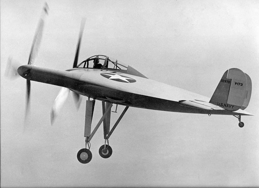 V-173maidenflight-1942 via Wikimedia Commons.jpg