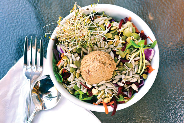 Right Path Organic Cafe Brings Vegan, Raw Food to Downtown New London