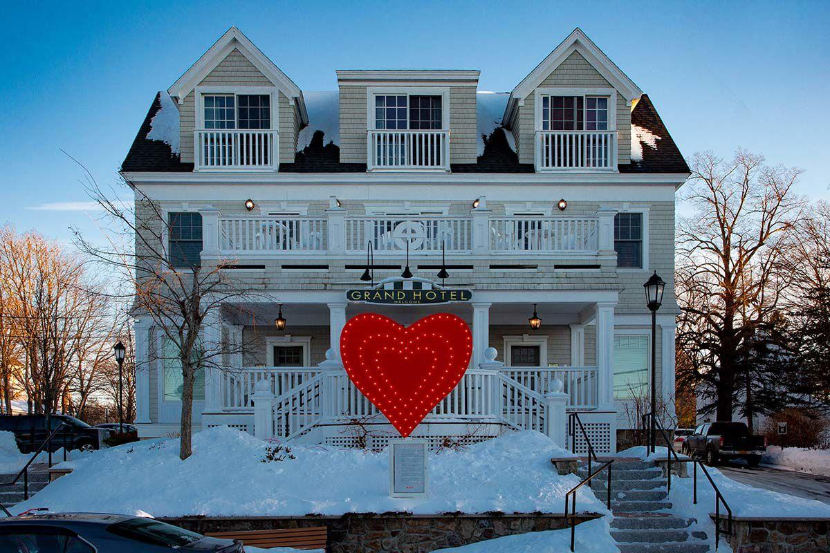 This Charming Maine Community Is A Winter Wonderland In February Features Connecticutmag Com