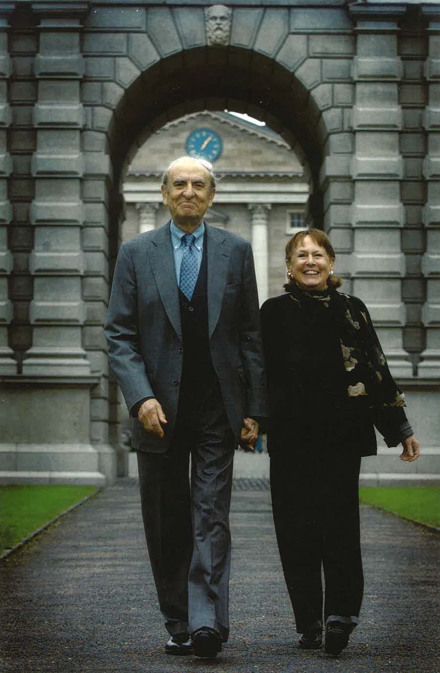 Arthur Gelb and Barbara Gelb (-¬ Gelb Personal Collection 2016)_1.jpg