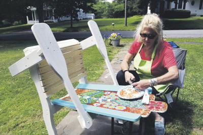 Art auction to continue despite regatta's cancellation