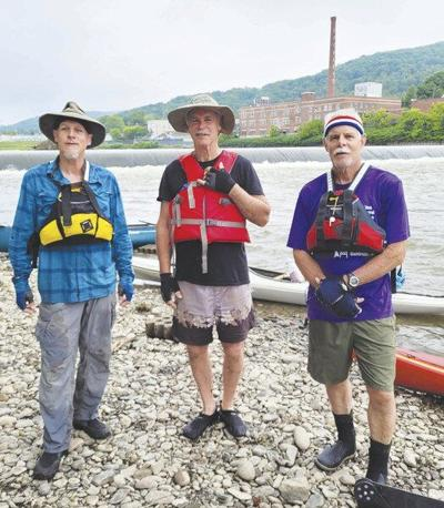 Family trio kayaks from Cooperstown to Chesapeake Bay