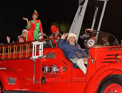 Coronado Chamber Of Commerce Holiday Parade ...