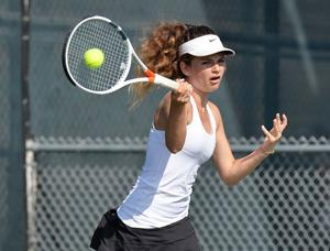 Islander Girls Tennis ...
