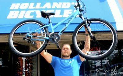 Holland's Donates To Telethon ...