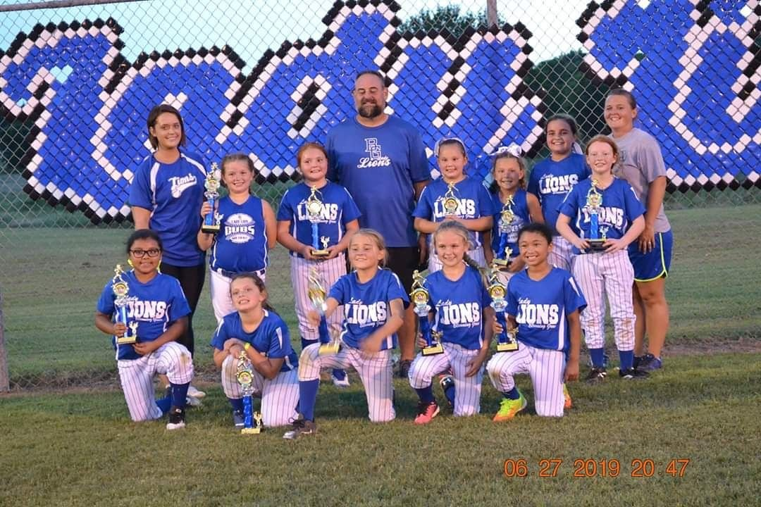 The Blooming Grove 8-Under Lady Lions softball team