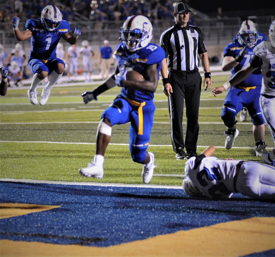 Damarius Daniels scores winning touchdown vs Boswell