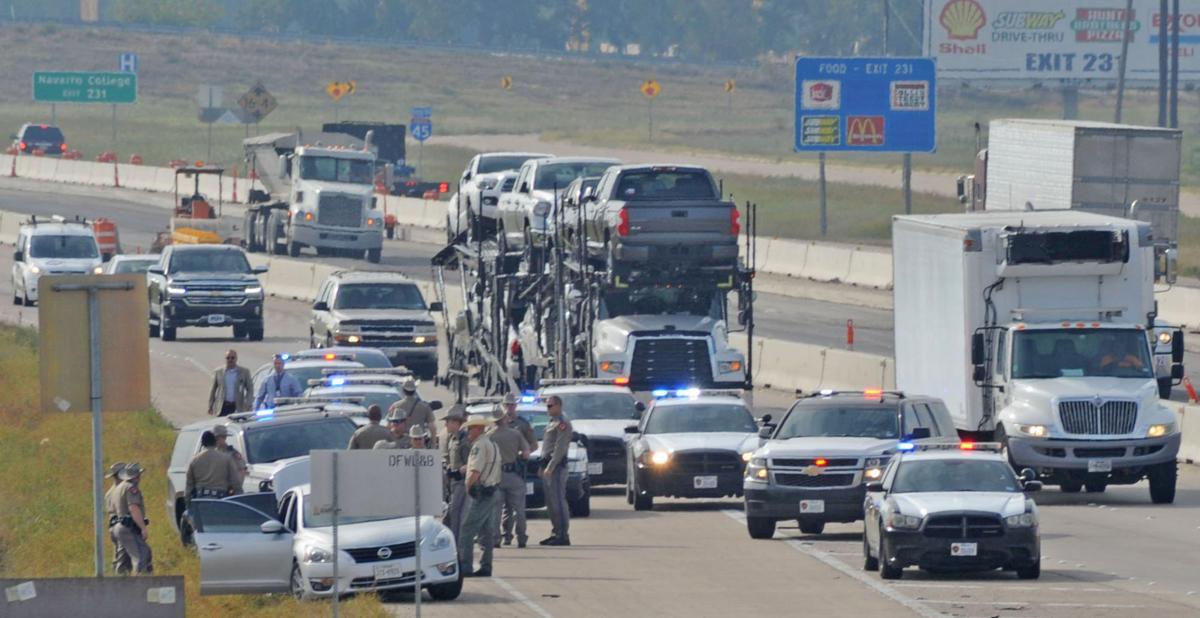 Texas DPS arrests Dallas County deputy on I-45
