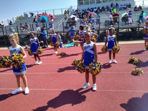 Cheerleaders 2.jpg