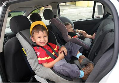 4ab17e5cc Keep your baby rear-facing as long as possible — Who s the safest ...