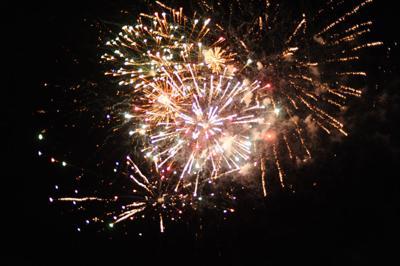 7-6-18 Fireworks_0165.jpg