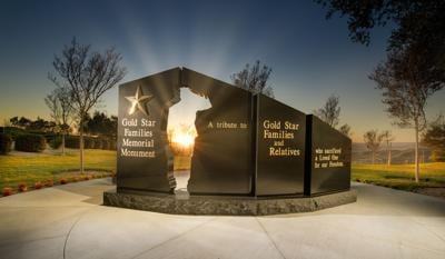 GoldStarMon_SimiValleyCA_ReaganFoundation-JohnMartorano_sunset-sunbeam.jpg