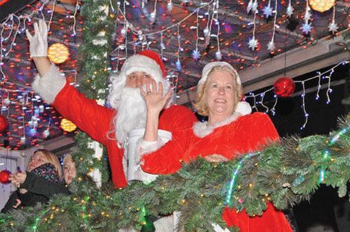 11-10-18 Christmas Parade 2.jpg